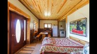 main-cabin-murphy-bed-dining